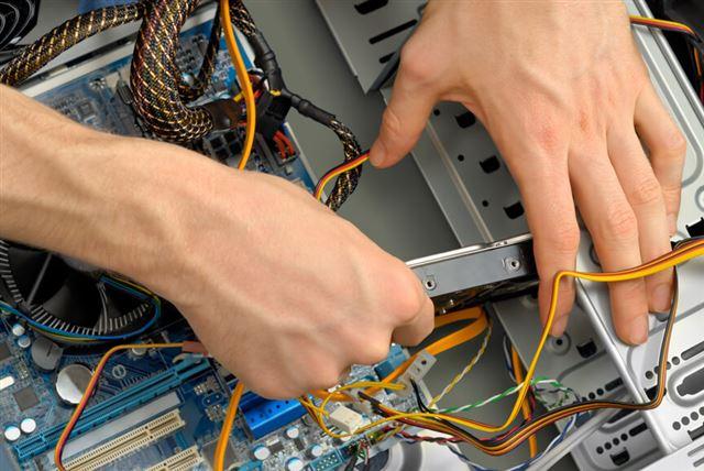 Inserting a hard drive