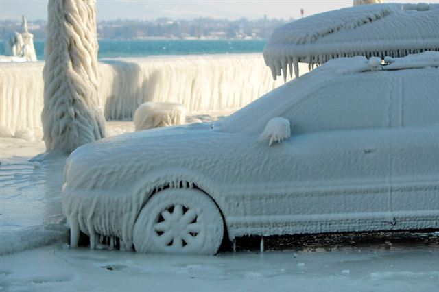 Frozen car, Versoix, Switzerland