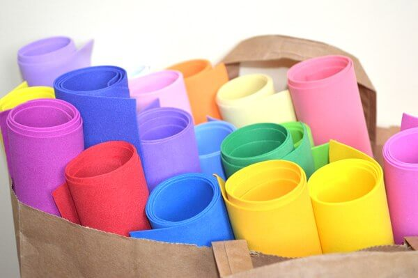 Цветов из пластичного фоамирана