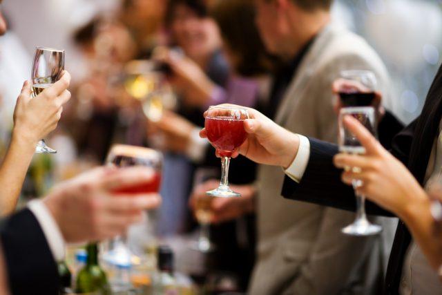 Заговоры и обряды от алкоголя