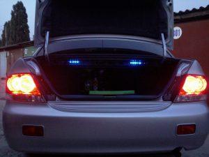 Сколько лампочек в багажнике