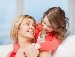 Реакция ребенка на похвалу родителей
