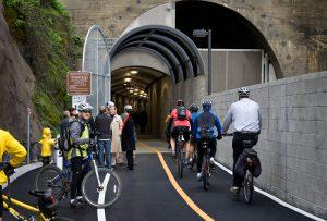 Туннель велосипед