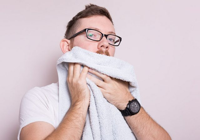 Мыть бороду