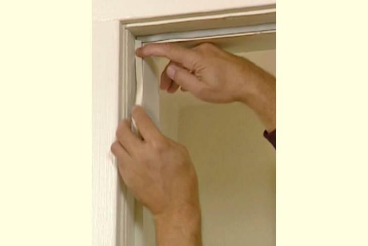 Как утеплить входную деревянную дверь уплотнение валиками