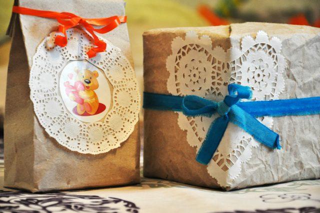 Упаковываете подарки