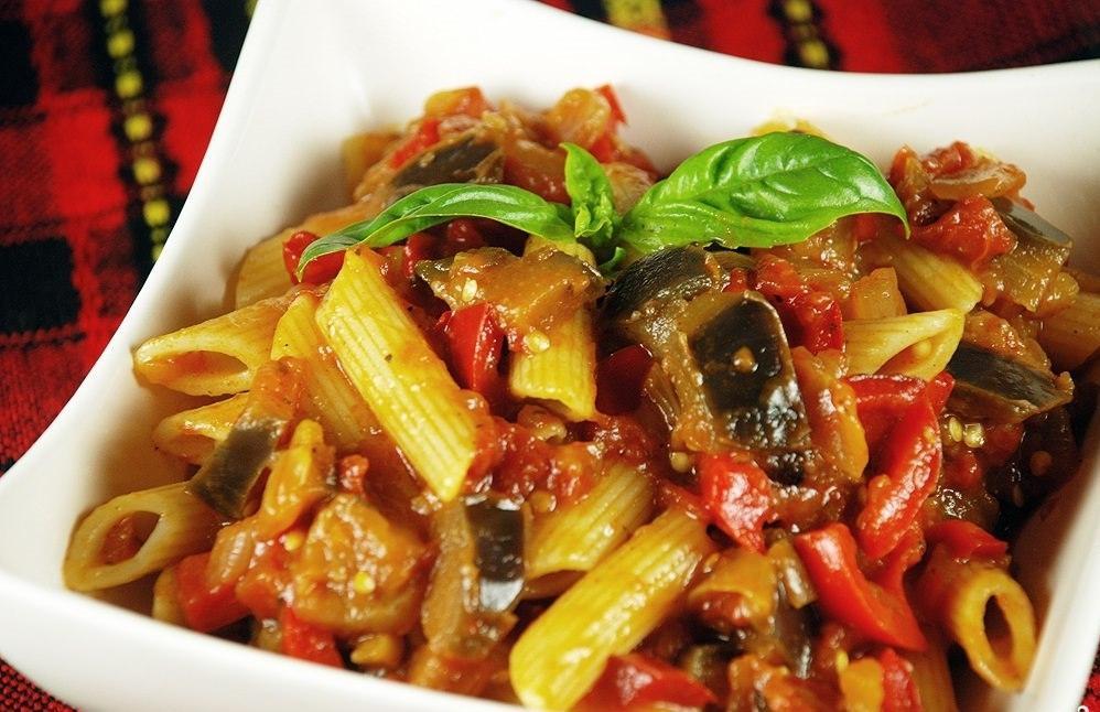 Как сделать подливу для макарон из овощей