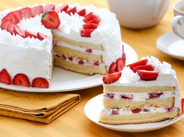Смотреть Пропитка для бисквита - важный этап приготовления торта видео